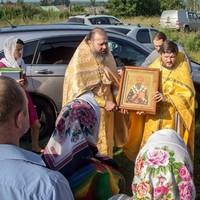 В храм селаМалиновка принесены мощи святителя Спиридона Тримифунского