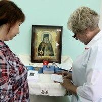 Православные врачи провели благотворительный врачебный прием в с. Семилужки