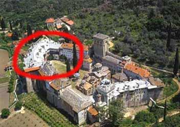 Часть монастыря, которая была охвачена пожаром