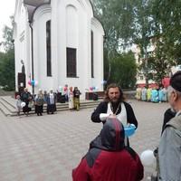 В Ярлыковском сквере Томска прошло празднование Дня крещения Руси