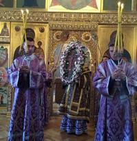 Митрополит Ростислав возглавил праздничные богослужения в Кафедральном соборе Томска