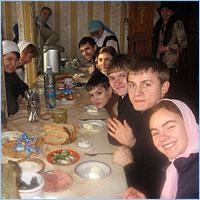Благотворительная акция Православного молодежного клуба «Рождественский автобус»