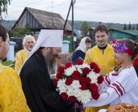Митрополит Ростислав совершил Литургию в Спасском храме с. Коларово