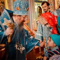 Митрополит Ростислав совершил молебен перед началом учебного года