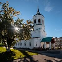 Митрополит Ростислав совершил Литургию в Богородице-Алексиевском монастыре