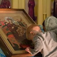 Икона Божией Матери «Всецарица» принесена в Северск
