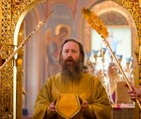 Митрополит Ростислав возглавил Литургию в Богоявленском соборе и совершил диаконскую хиротонию