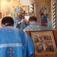 Митрополит Ростислав совершил Божественную литургию в Асино
