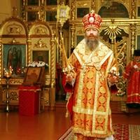 В день памяти великомученика Димитрия Солунского митрополит Ростислав совершил Литургию в Свято-Троицкой церкви Томска