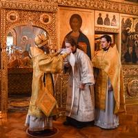 Митрополит Ростислав возглавил воскресную Божественную литургию в Богоявленском кафедральном соборе
