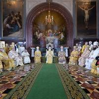 В день 70-летия Святейшего Патриарха Кирилла в Храме Христа Спасителя прошло торжественное богослужение