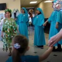 Участницы сестричества преподобного Серафима Саровского поздравили больных в Северске