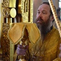 В Томске молитвенно чествовали святителя Макария (Невского) и Иверскую икону Богородицы