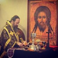 Митрополит Ростислав совершил Литургию с сурдопереводом