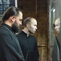 Ректор и студенты ТДС приняли участие в открытии выставки «Разрушенные храмы Томска» в Мемориальном музее Следственная тюрьма НКВД