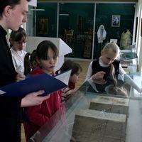 Воспитанники воскресной школы узнали об истории и современности православной печатной книги
