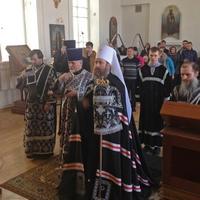В Великий вторник митрополит Ростислав возглавил богослужение храме Александра Невского