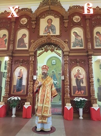 Пасхальное архиерейское богослужение совершено в храме Петра и Павла