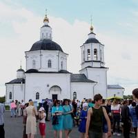 Праздничный фестиваль в честь Дня семьи, любви и верности прошел в Коларово