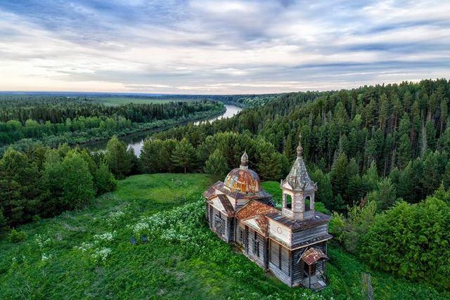 Церковь Петра и Павла (Нагорный Иштан). Фото: Валерий Доронин