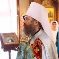 Митрополит Ростислав совершил Литургию в северском храме Серафима Саровского