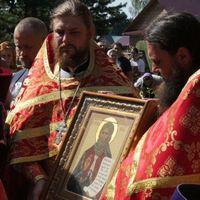 Митрополит Ростислав совершил Литургию в Ильинском храме с.Кандинка