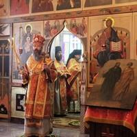 В праздник Флора и Лавра в томском монастыре была совершена Литургия архиерейским чином