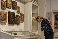 «Вернуть людей ко Христу». В Томском областном художественном музее работает экспозиция сибирских икон