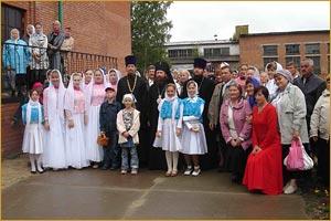 19 августа 2008г.  в праздник Преображения Господня архиепископ Томский и Асиновский Ростислав посетил с.Парабель.