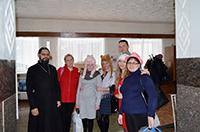 В Доме-интернате «Лесная дача» прошла Божественная литургия с участием томских волонтеров
