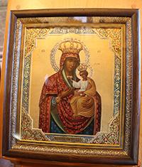 Старинную икону передали в дар храму свят. Николая в д. Губино
