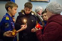 В пятый раз огонь из Вифлеема доставлен в Томск