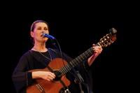 Светлана Копылова спела для томичей