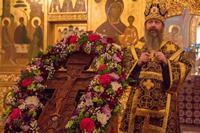 Богослужения Крестопоклонной недели совершили архиереи Томской митрополии