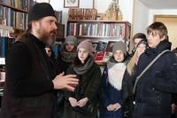 Библиотеку монастыря в День православной книги посетили ученики школы № 50
