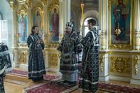 В Великий Понедельник Глава Томской митрополии совершил богослужение в Воскресенской церкви г. Томска
