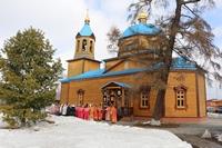 Митрополит Ростислав совершил Литургию в с. Зоркальцево