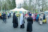Митрополит Ростислав принял участие в празднике «Троицкие гуляния»
