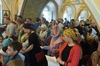 В Воскресенской церкви впервые совершена литургия с общенародным пением