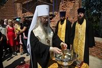 Митрополит Ростислав освятил закладной камень строящегося храма в с. Калтай
