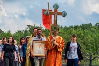 Томичи прошли крестным ходом к месту летней келии старца Феодора