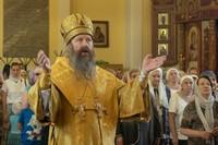 Митрополит Ростислав возглавил богослужение в храме Петра и Павла на Спичфабрике