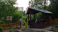 «Царский» родник обновили и освятили в Томске