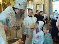 Митрополит Ростислав благословил учащихся на новый учебный год.