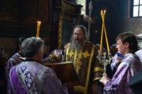 Митрополит Ростислав возглавил богослужение в Петропавловском соборе г. Томска