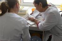 Томские врачи провели приём жителей Новониколаевки в Асиновском районе