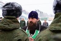 Иерей Иоанн Усачев напутствовал томских призывников перед отправкой в армию
