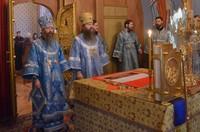 В праздник Введения во храм Пресвятой Богородицы в Богоявленском соборе совершена Литургия архиерейским чином