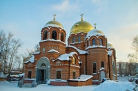Митрополит Ростислав возглавил Божественную литургию в Петропавловском соборе