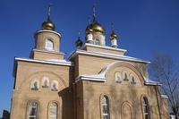 Митрополит Ростислав отслужил молебен  в строящемся храме деревни Крутоложное